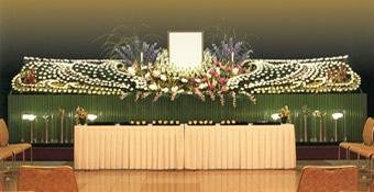 故人のイメージに合わせたオリジナル葬花祭壇